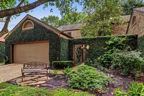 Houston Home at 9 Town Oaks Place Bellaire , TX , 77401-4236 For Sale