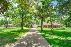 8711 Deer Lodge Road, Magnolia, TX 77354