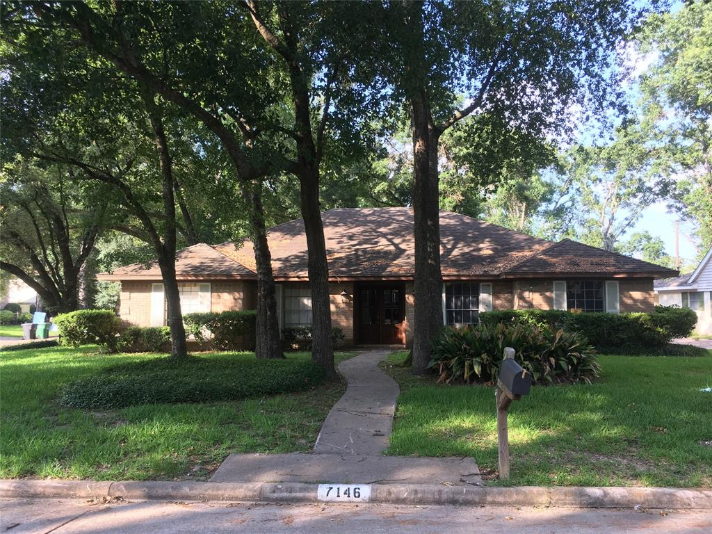 7146 Bayou Forest Houston 77088