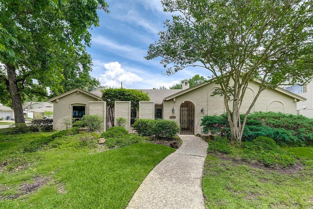 Pictures of  Houston, TX 77042 Houston Home for Sale