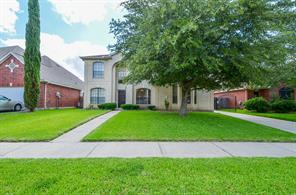 8905 riverwell circle w, houston, TX 77083