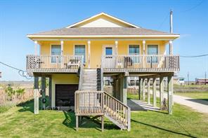 1014 Blue Water Highway, Surfside Beach, TX 77541