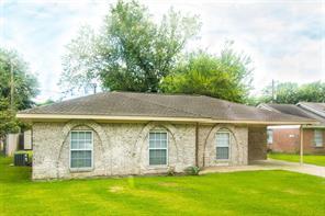 2422 Toyah, Houston TX 77039