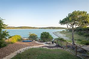 1064 Lakebreeze Drive, Canyon Lake, TX 78133