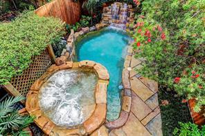 Houston Home at 247 Birdsall Street Houston , TX , 77007-8151 For Sale
