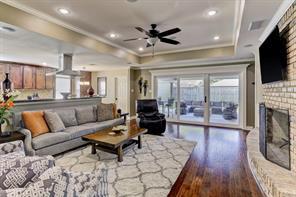 982 curtin street, houston, TX 77018