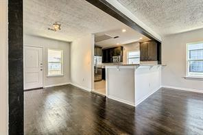 Houston Home at 519 W Clay Street 2 Houston , TX , 77019-4672 For Sale