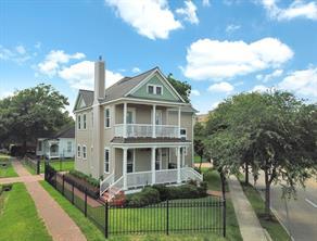 Houston Home at 801 Sawyer Street Houston , TX , 77007-7534 For Sale