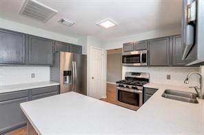 9907 villa verde drive, houston, TX 77064