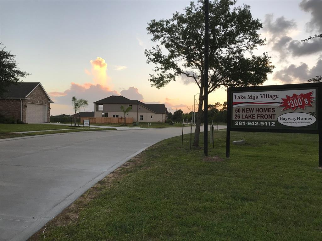 1422 Lake Mija Court, Seabrook, TX 77586 - HAR com