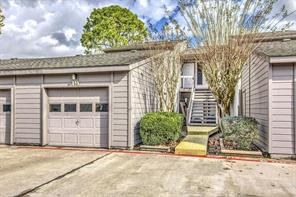 Houston Home at 19 Hideaway Drive 19 Friendswood , TX , 77546-4868 For Sale