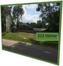 222 Valmar Street, Kemah, TX 77565