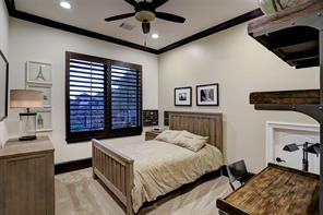 SECONDARY BEDROOM with en suite bathroom and walk-in closet.