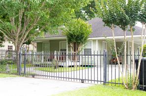 2422 deutser street, houston, TX 77093