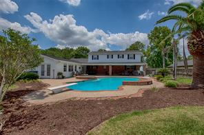 1109 Pine Hollow Drive, Friendswood, TX 77546