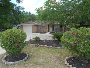 425 Hardy, Clute, TX, 77531