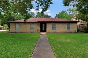 Houston Home at 2125 E Linwood Oaks Street Pearland , TX , 77581-3509 For Sale