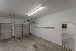 Double car garage....great space.