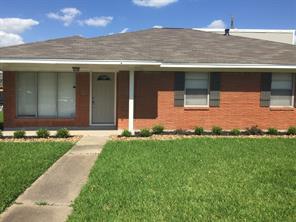 2501 Oaks, Pasadena TX 77502