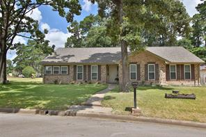 422 oakhill drive, conroe, TX 77304