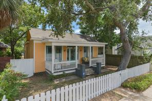 Houston Home at 3221 Avenue Galveston , TX , 77550-4366 For Sale