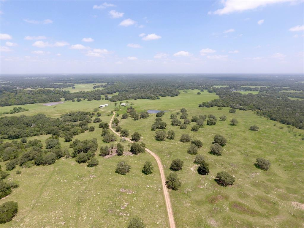 000 County Road 445, Hallettsville, TX 77964