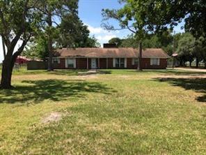 21 County Road 203, Ganado, TX 77962