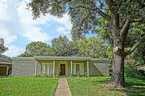 Houston Home at 915 Marys Court Friendswood , TX , 77546-2103 For Sale