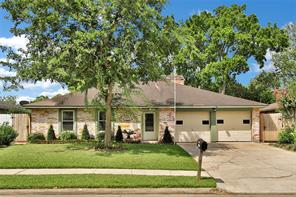 Houston Home at 16730 David Glen Drive Friendswood , TX , 77546-4104 For Sale