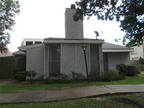 4809 oak hollow street, baytown, TX 77521
