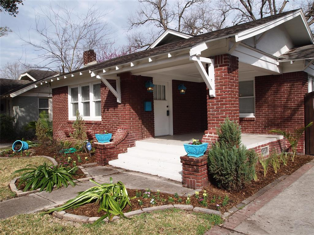 Classic Heights bungalow on a great street.  Check out the awesome front porch.
