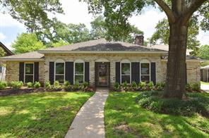 4906 Twin Candle Drive, Houston, TX 77018