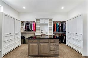 This is the master closet... every girl's dream!!!