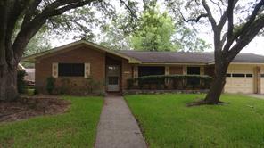 2203 palomar street, baytown, TX 77520