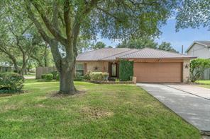 Houston Home at 405 Inwood Drive Friendswood , TX , 77546-2121 For Sale