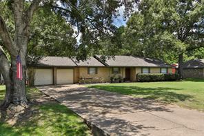 32023 S Wiggins, Magnolia TX 77355