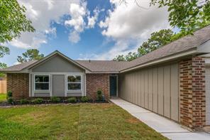 5005 Green Willow Lane, Dickinson, TX 77539