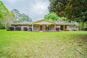 306 County Road 171, Jasper TX 75951