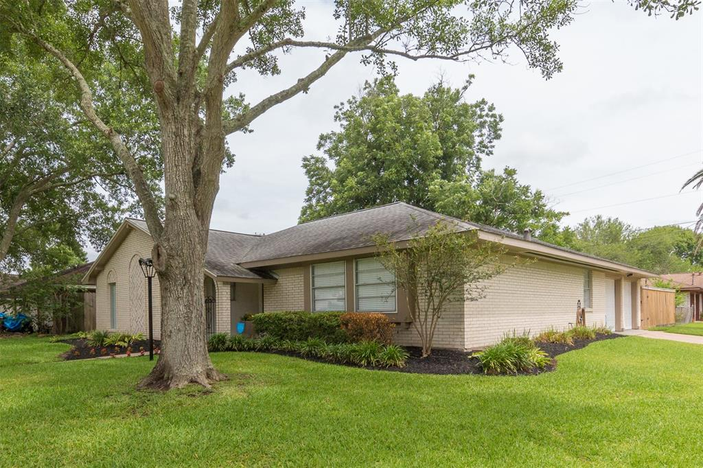 Pictures of  League City, TX 77573 Houston Home for Sale