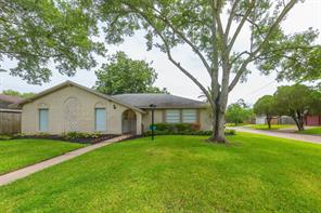 Houston Home at 2102 S Williamsburg Court League City , TX , 77573-5051 For Sale
