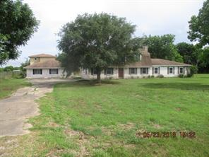 1118 County Road 47, Angleton TX 77515
