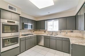 Houston Home at 18659 Martinique Drive Nassau Bay , TX , 77058-4245 For Sale