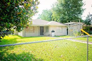 1218 Wynd Avenue, Pasadena, TX 77503