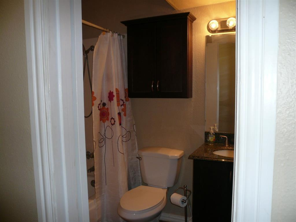 1915 Augusta Drive, #21, Houston, TX 77057 | Better Homes and ...