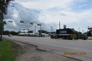 19987 highway 35, alvin, TX 77511