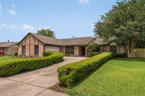 Houston Home at 1002 Lost River Drive Friendswood , TX , 77546-5241 For Sale
