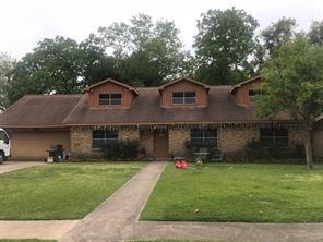 215 Texas, Pasadena TX 77506