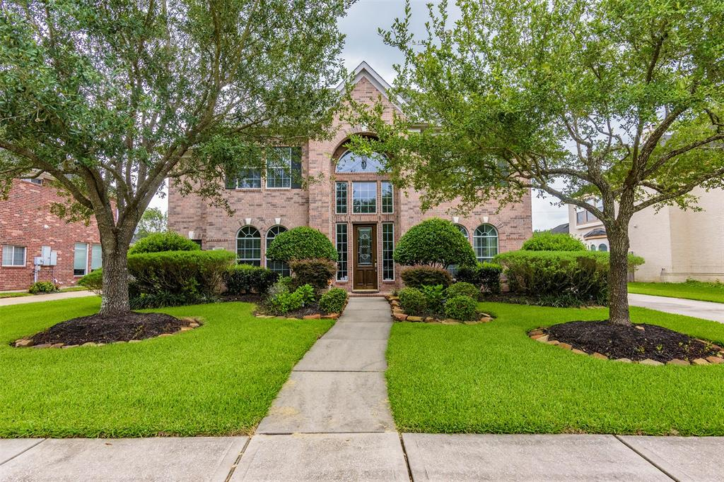 Property Detail on Tammi Freund: 213 Sutherland Lane, League ... on mar bella league city tx, tuscan lakes league city tx, magnolia creek league city tx, brittany lakes league city tx,