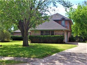 119 catalpa street, lake jackson, TX 77566