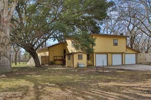 13 Edgewood, Gonzales TX 78629